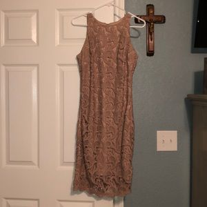 New York and company Eve Mendes beige lace dress